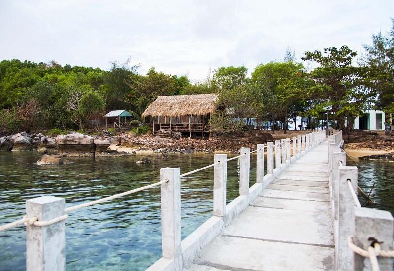 Hòn Dăm Island Hideaway